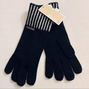 Michael Kors Knit Gloves